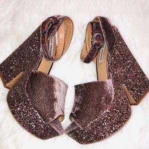 Steve Madden Glitter Platform Heels 8